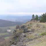 Naučná stezka Úhošť (4), v pozadí Klášterec n. Ohří