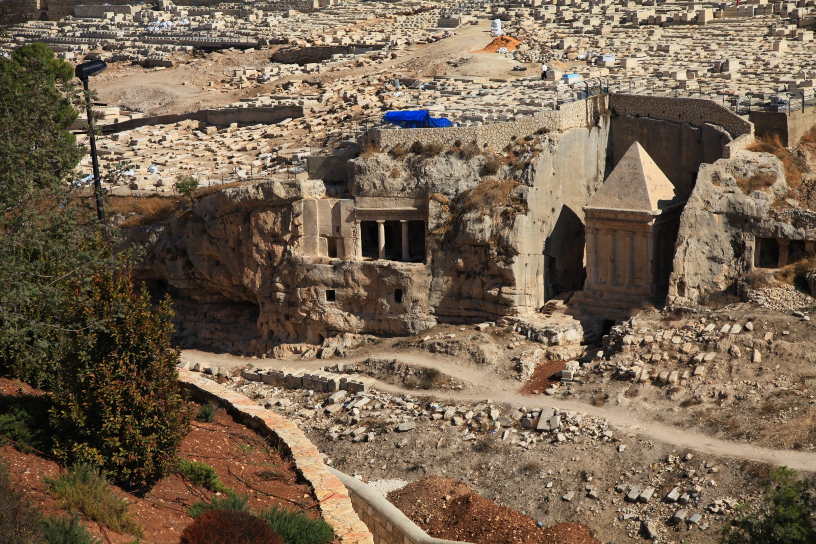 Nabatean tomb in the Jewish cemetery?