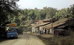 Put kroz neko od sela
