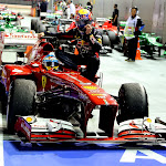 Fernando Alonso taxi drive with Mark Webber