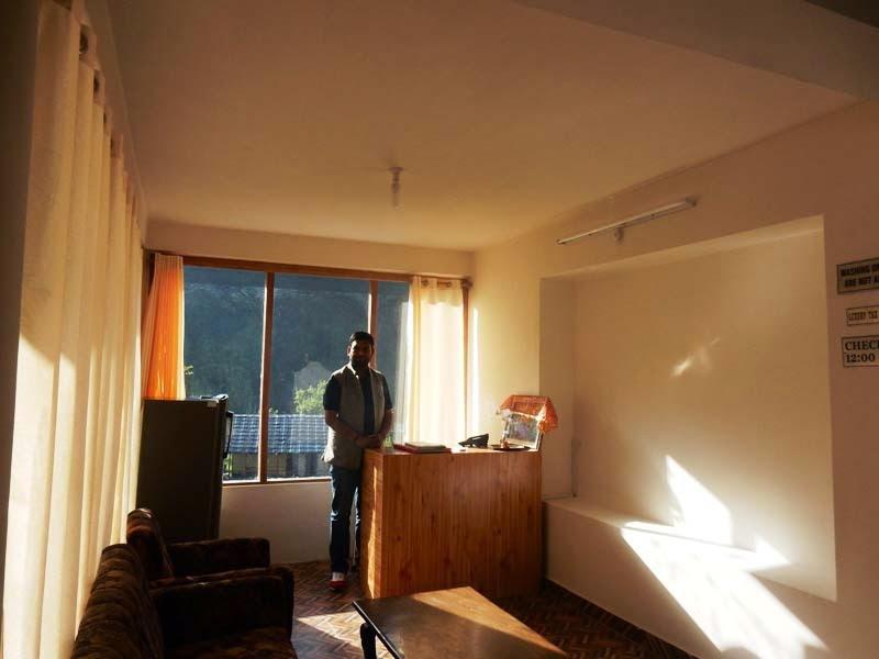 Hotel Sunrise Manali Reception Area