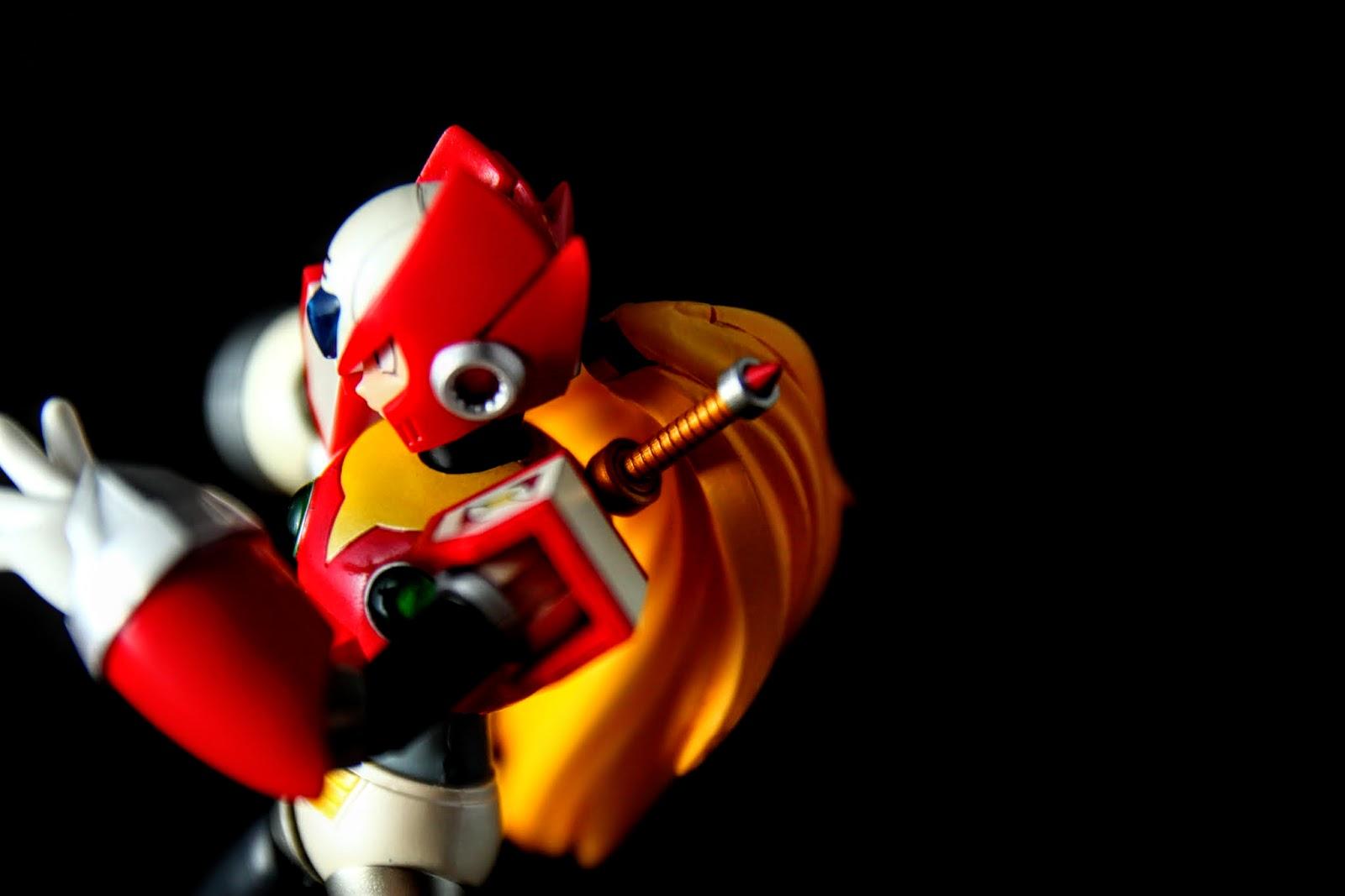 ZERO最大的特色還是在他的光束刀