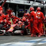 Kimi Raikkonen, Ferrari F14T does a pitstop