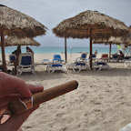 Tasting Monte Cristo cigar with mojito