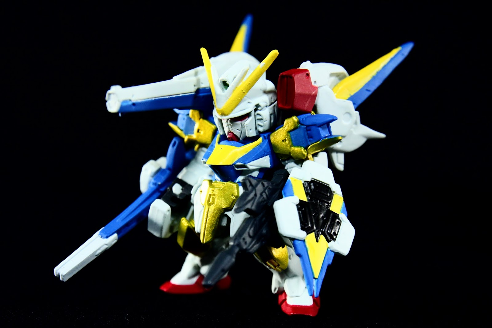 變成UC史上最強的: V2-Assault Buster Gundam