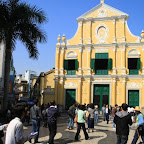 Very cool Catholic churches in Asia