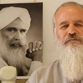 Meditation retreat with Satguru Sirio ji  Sant Kirpal Singh Bandara