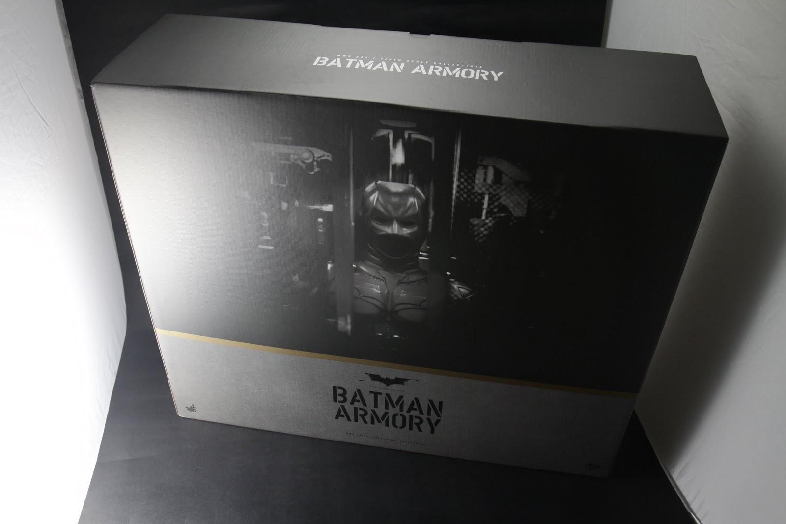 箱子為我目前買過的玩具裡最大級, 攝影棚已不敷使用