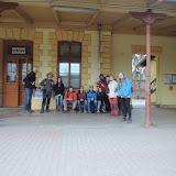 6:30 - minutu před odjezdem vlaku ještě na nádraží v Řevnicích stíháme skupinovou fotku. Zvládli jsme to, a zase za rok!