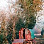 Traveller's caravan, near The George and Dragon, 1996