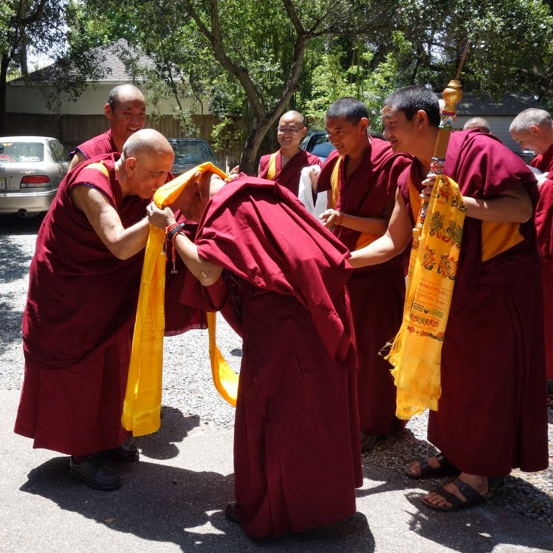 Greeting Jangtse Chöje at Kachoe Dechen Ling, Aptos, California, June 2014. Photo by Ven. Roger Kunsang.