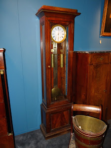 Напольные часы красного дерева. Ампир 19-й век.