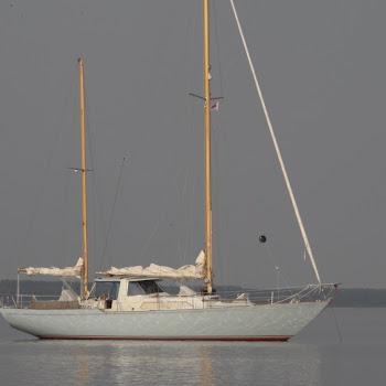 N48 Heerenleed voor anker op het Lauwersmeer
