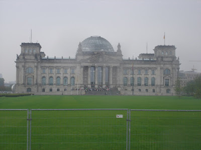 The Reichstag from the coach on the city tour