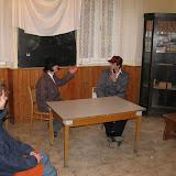 Pánové diskutují nad neutěšeným stavem detektivního cechu
