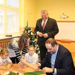 A gyermekek a megye elnökét maguk közé fogadták