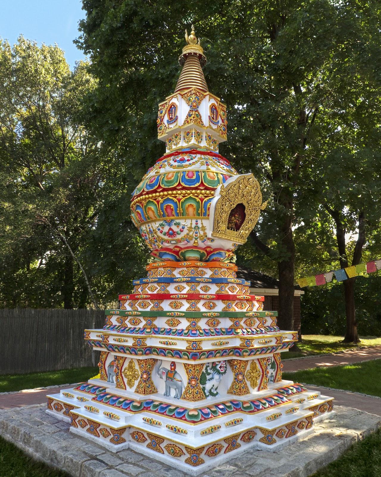 Making offerings to wards the building of the Kalachakra stupa at Kurukulla Center