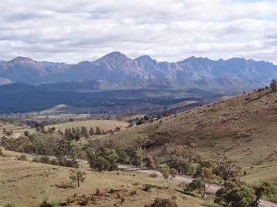 From Hucks lookout... Wilpena Pound Range