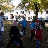 Hrajeme frisbee vybiku