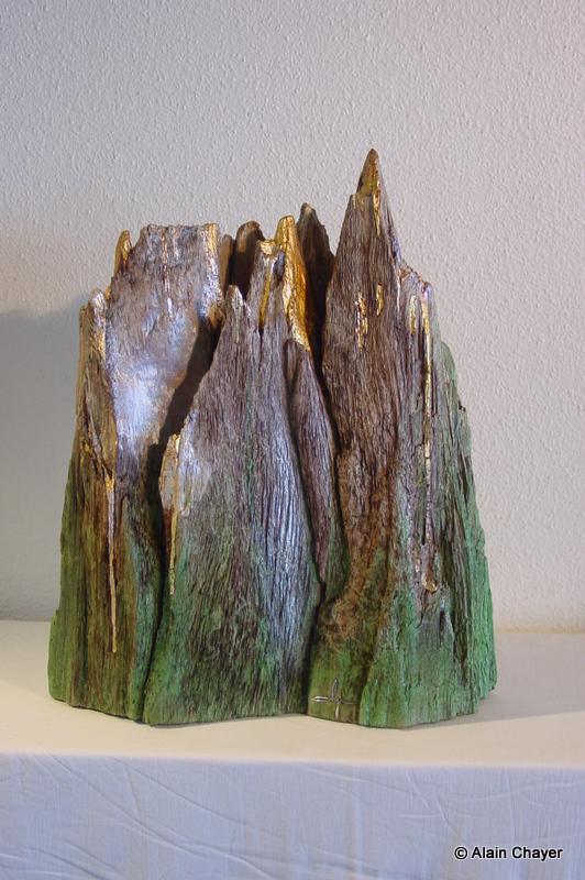 087 - Monts et Merveilles - 1998 H 55 x 50 Sculpture bois doré