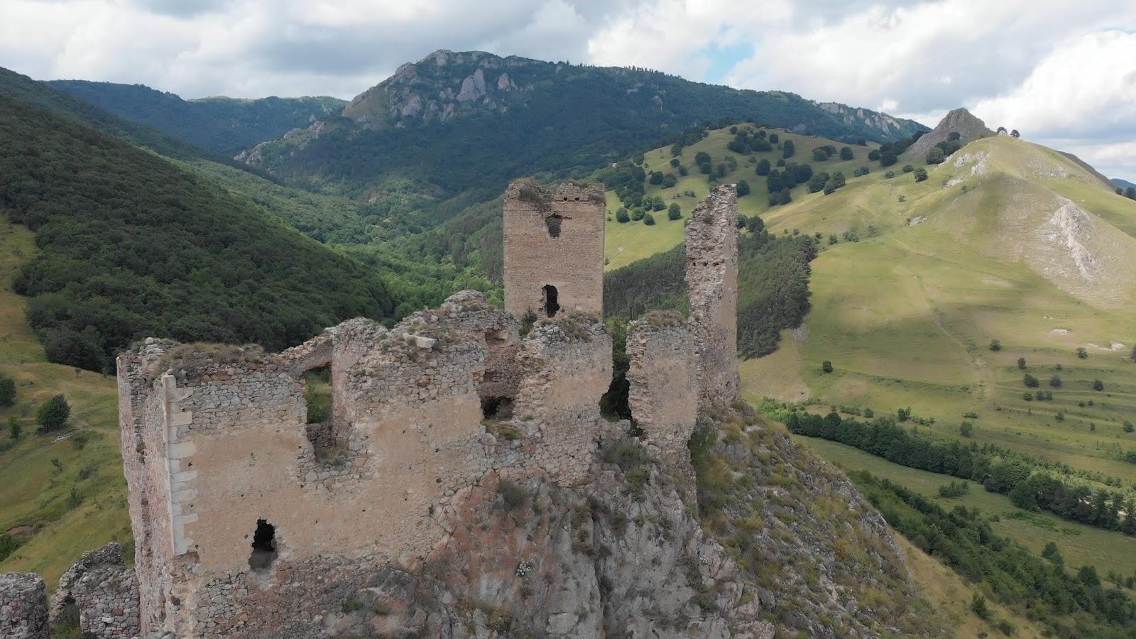 Cetatea Colțești Foto: Alin ROȘCA