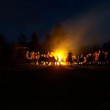 Večer u společného táborového ohně