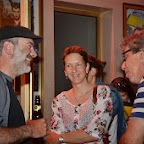 Discussions devant le cinéma avec Alain Margot (à droite)
