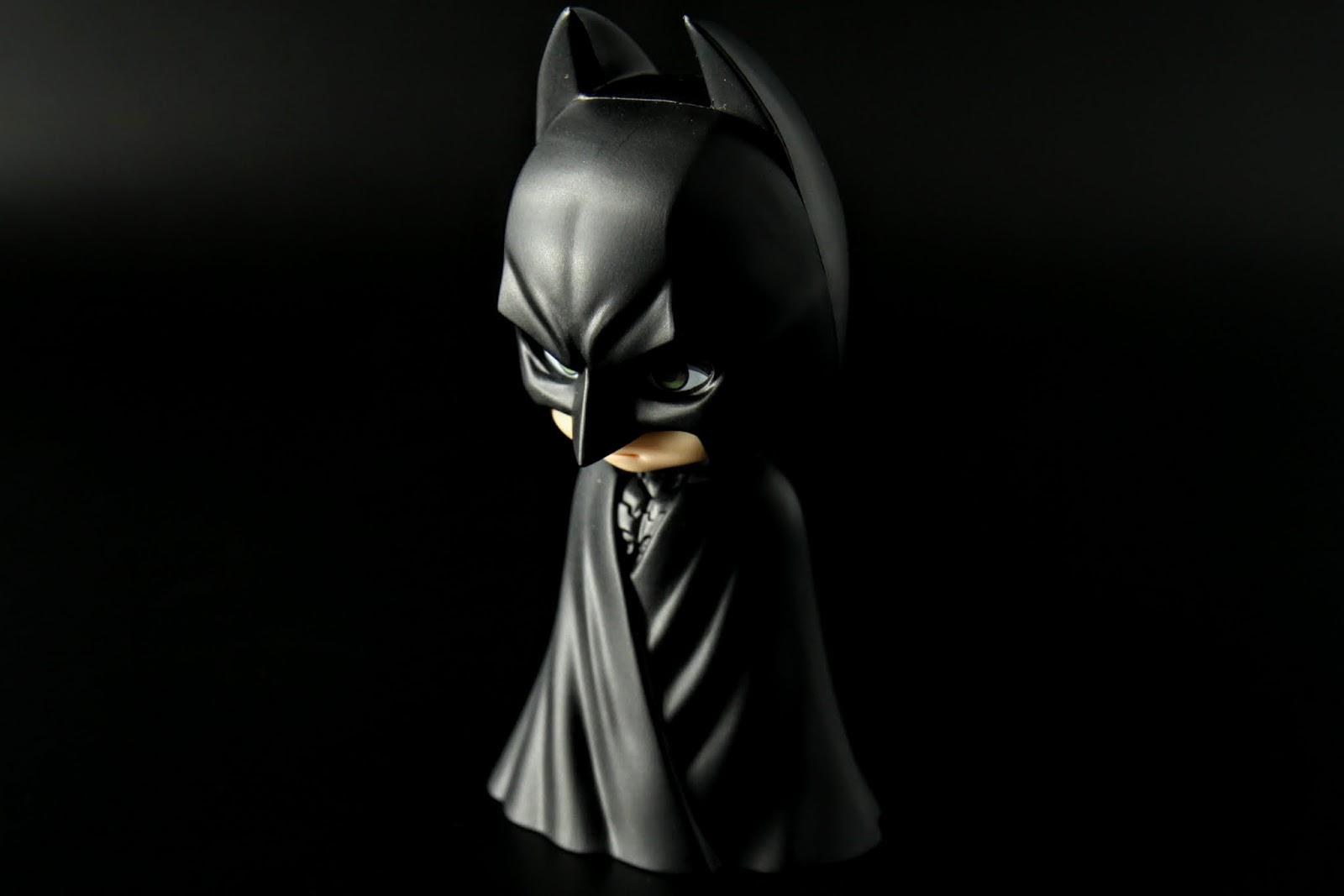 另有附披風包裹版,是說我小時候就是看蝙蝠俠卡通他用披風把身體包起來這樣超級帥的而喜歡蝙蝠俠