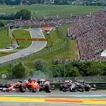 Fernando Alonso turns into 2nd corner