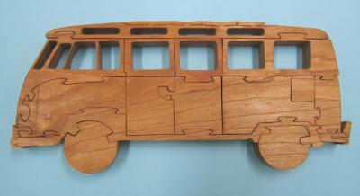 Puzzle Sumba  Bus