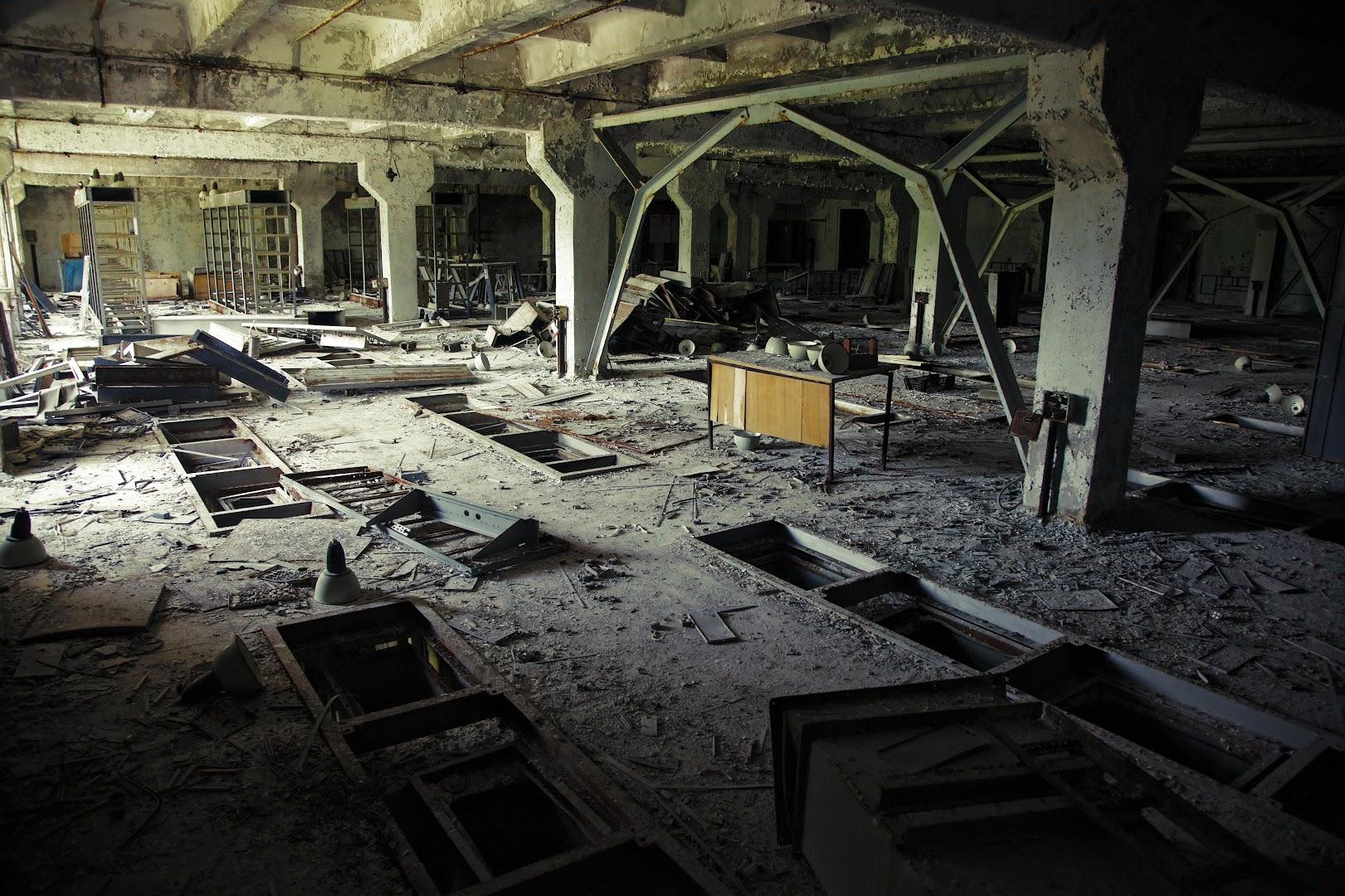 The 1980-s data center