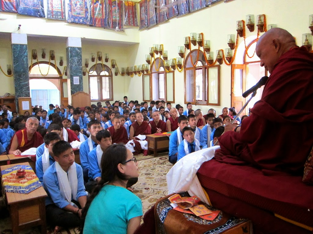 Lama Zopa Rinpoche teaching at Alice Project Universal Education School, Sarnath, India, March 2014. Photo by Ven. Sarah Thresher.