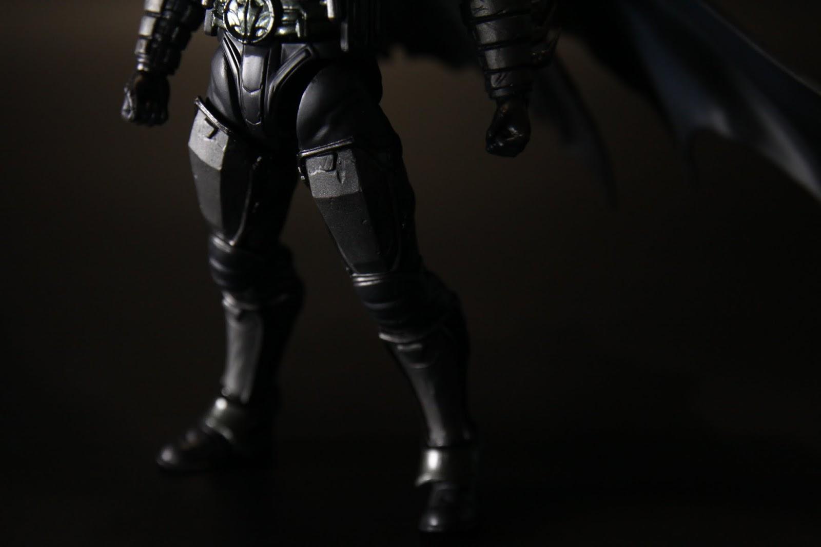 腿部的盔甲有點戰損但是塗裝並沒有表現出來