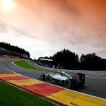 Lewis Hamilton, Mercedes W05 in Au Rouge