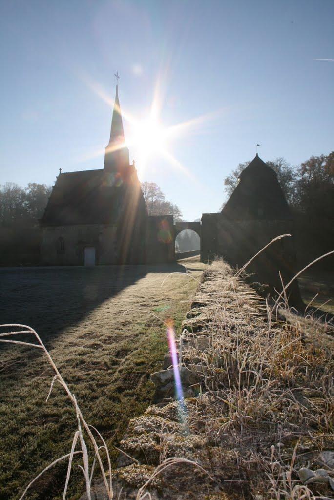 Levé de soleil sur la chapelle du château.