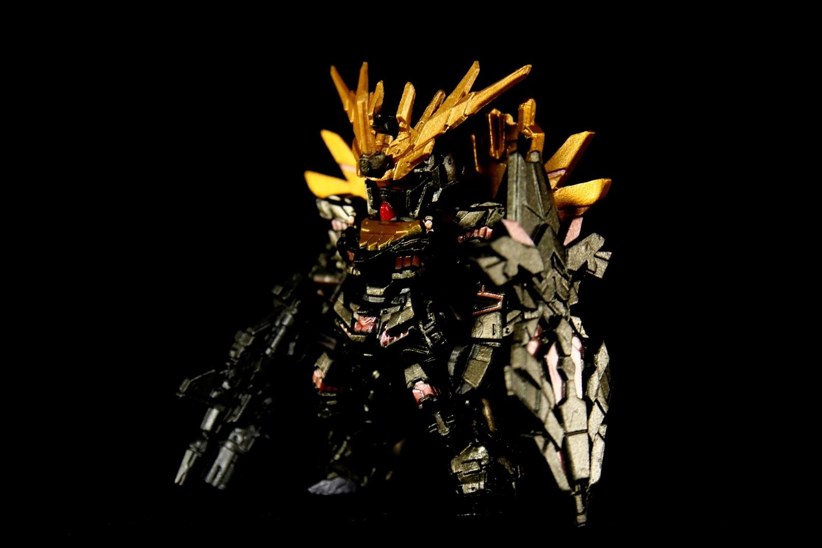第一隻就是RX-0-2 BASHEE NORN