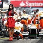 F1 gridgirl for Di Resta