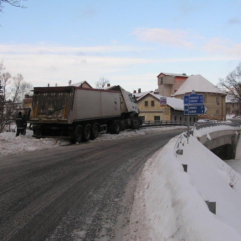Nehoda kamionu - P1280085