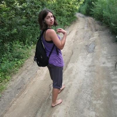 Катерина Фомель теперь почти на все лето отказалась от обуви.