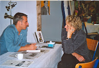 Journée du Livre 18, auteur, Stéphane Martin, bénévole Sonia, Cossé 2004