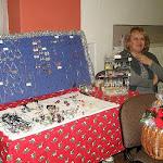 Helyi kézműves drótból és gyöngyből készült termékei
