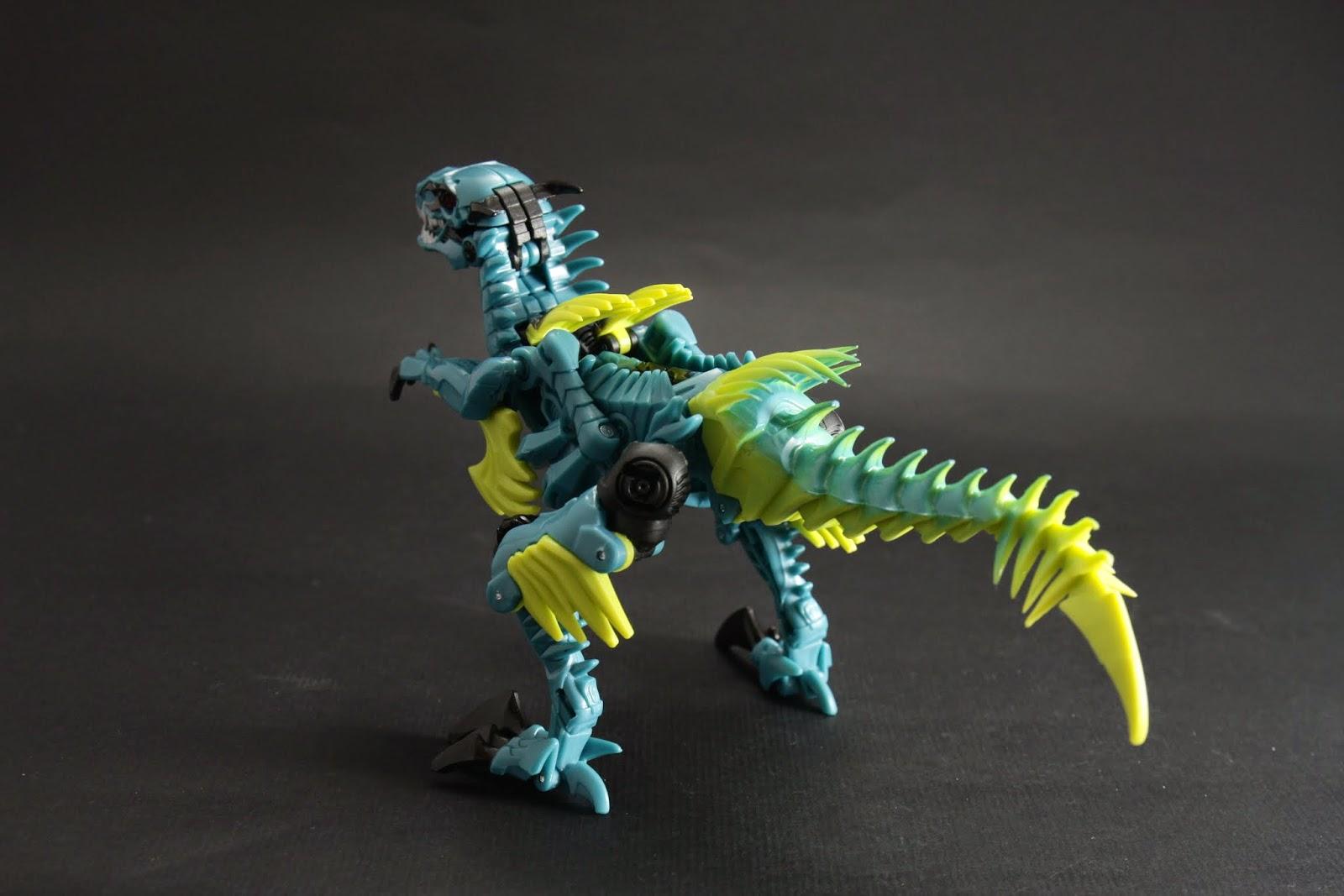 網路上給他的評價不好 在這次電影第四級的玩具裡恐龍金剛算表現不錯的