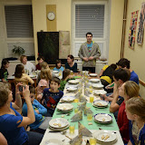 Večeře začíná - polévka, řízky, salát i perníkový dezert