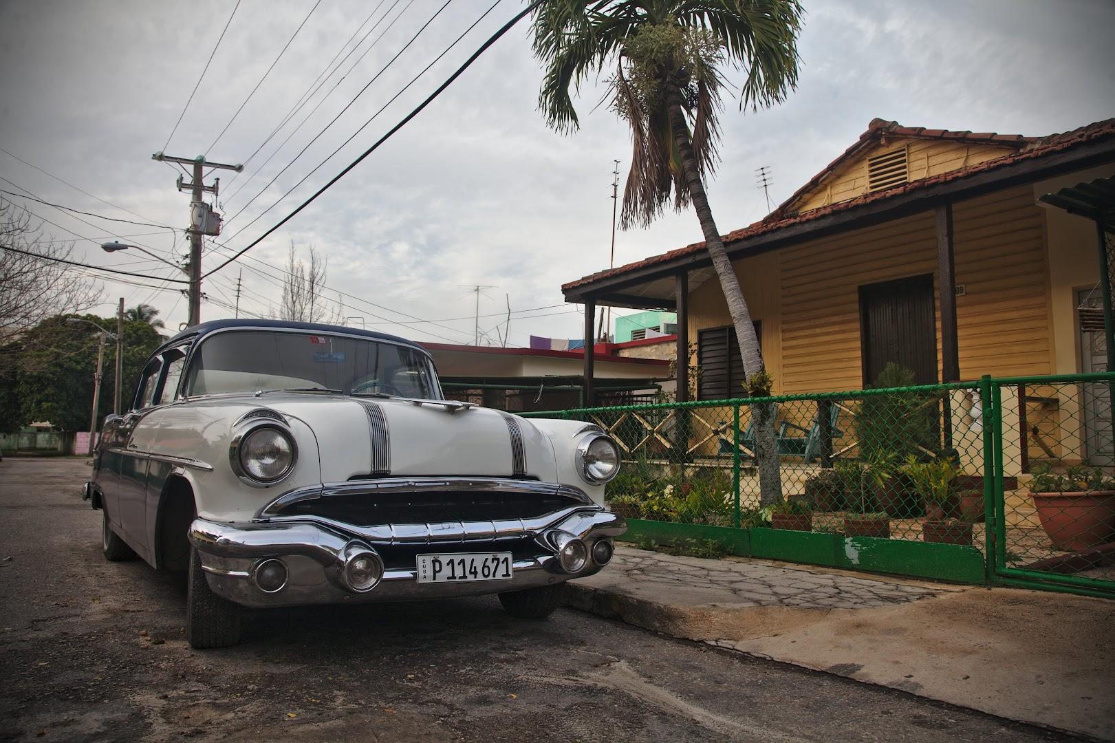 Random street in Varadero