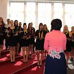 A Selye János Egyetem kórusa énekelte  Szlovákia, valamint az Európai Unió himnuszát