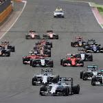 Start of the 2015 F1 Grand Prix
