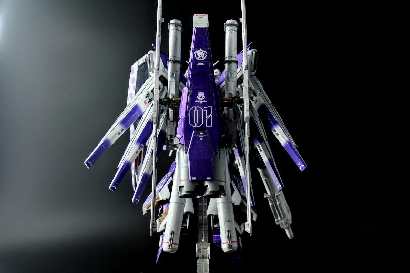 看背在後面這樣設定,我想盾的那兩個大管應該是推進器吧