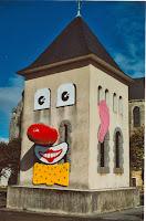 Ambiance 01 Clocher Clown 1996 Cossé