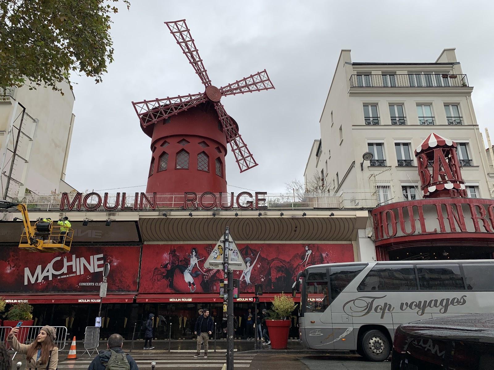 Montmartre - Moulin Rouge