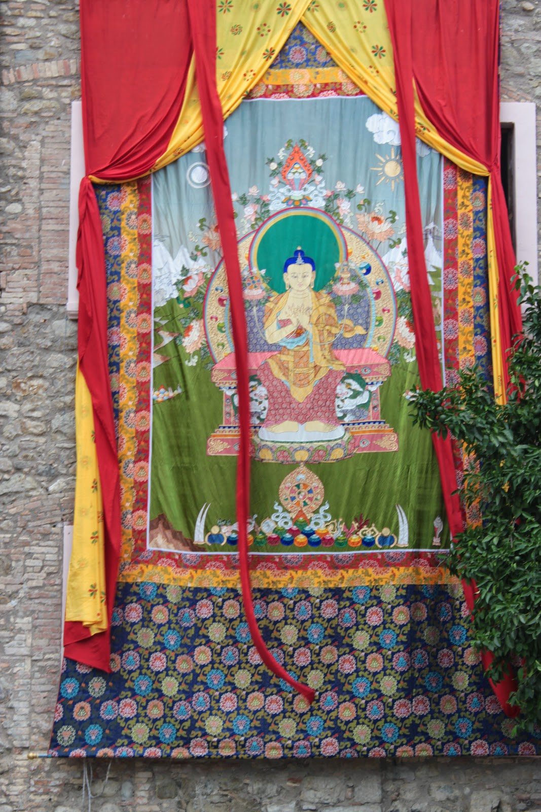 Istituto Lama Tzong Khapa, Italy, has a large Maitreya thangka which they show during Buddha multiplying days (weather permitting) and during any great occasions at the center.